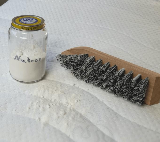 Matratze reinigen ohne Chemie